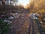 Foto-vest: Više malih deponija na izlazu iz niške Tvrđave