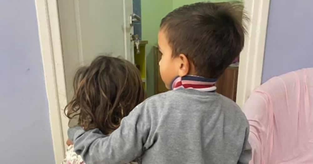 Fotografija dece iz Svratišta je dokaz koliko se u Srbiji ne razmišlja o ovim mališanima