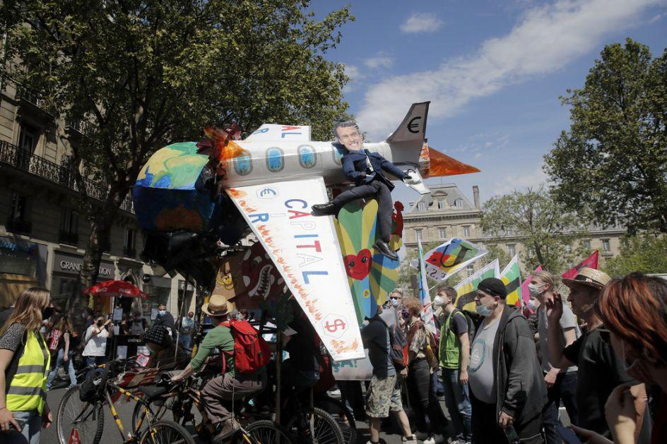 Francuska: Hiljade ljudi na klimatskim protestima