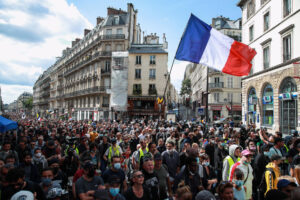 Francuska: Sindikat novinara osudio napad na slobodu medija tokom anti-kovid protesta