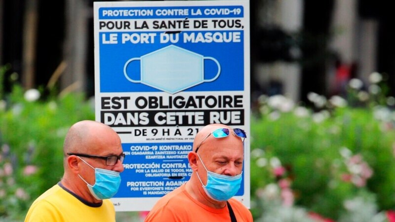 Francuska nazvala britanska pravila za putovanja diskriminatorskim i nenaučnim