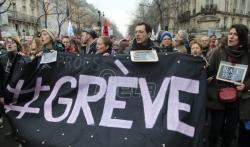 Francuska vlada povlači spornu meru iz reforme penzija