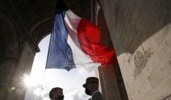 Francuski vojnici upozorili Makrona da Francuska rizikuje ulazak u gradjanski rat (VIDEO)