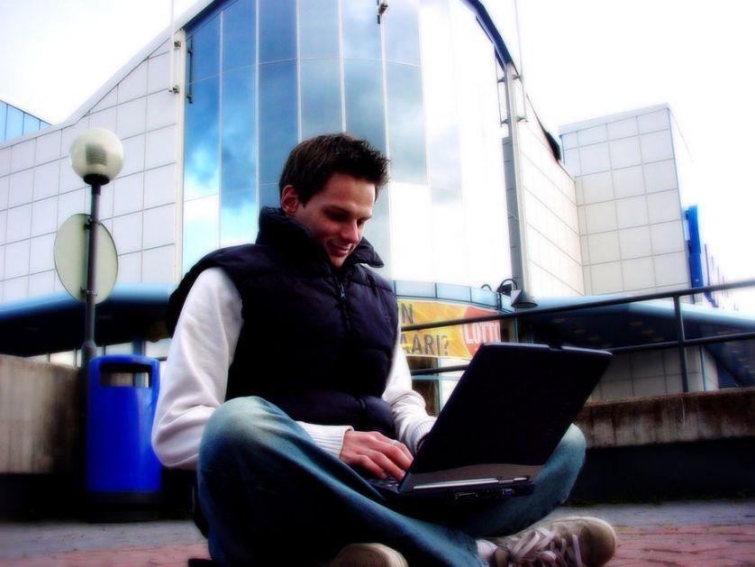 Udruženje radnika na internetu traži da se obrati parlamentu