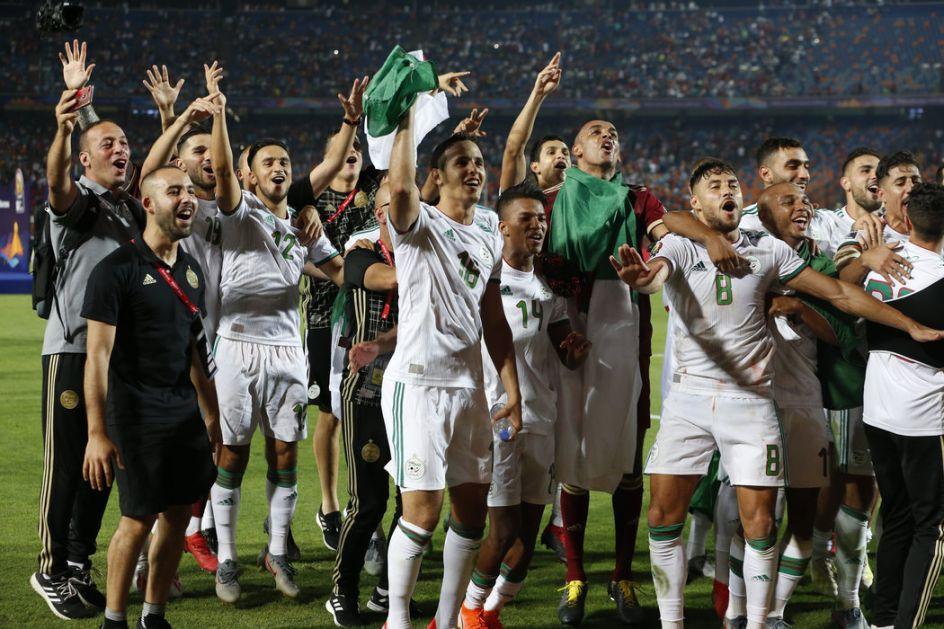 Fudbaleri Alžira šampioni Afrike posle 29 godina