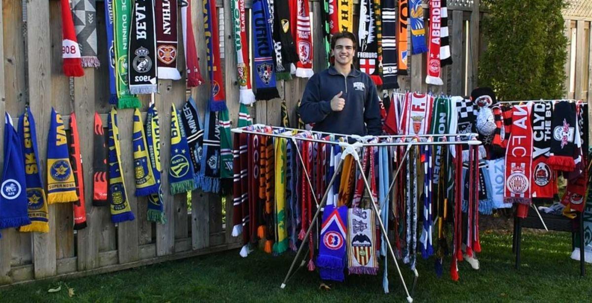 Fudbalski fan iz Kanade prikuplja navijačke šalove koristeći javorov sirup