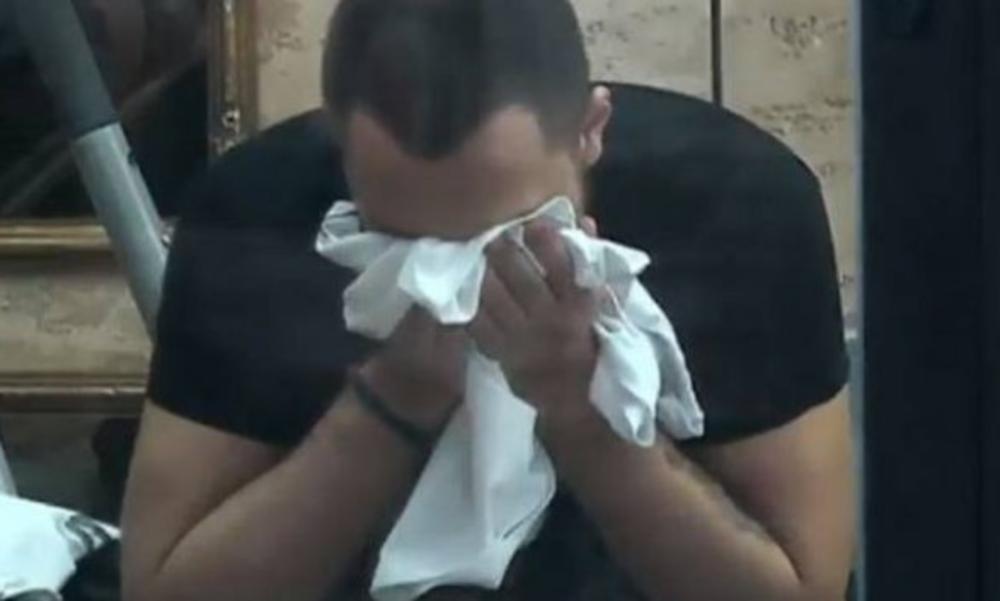 GASTOZ NIJE MOGAO DA ZAUSTAVI SUZE: Plakao je kao kiša kada je od Naide dobio ovo!