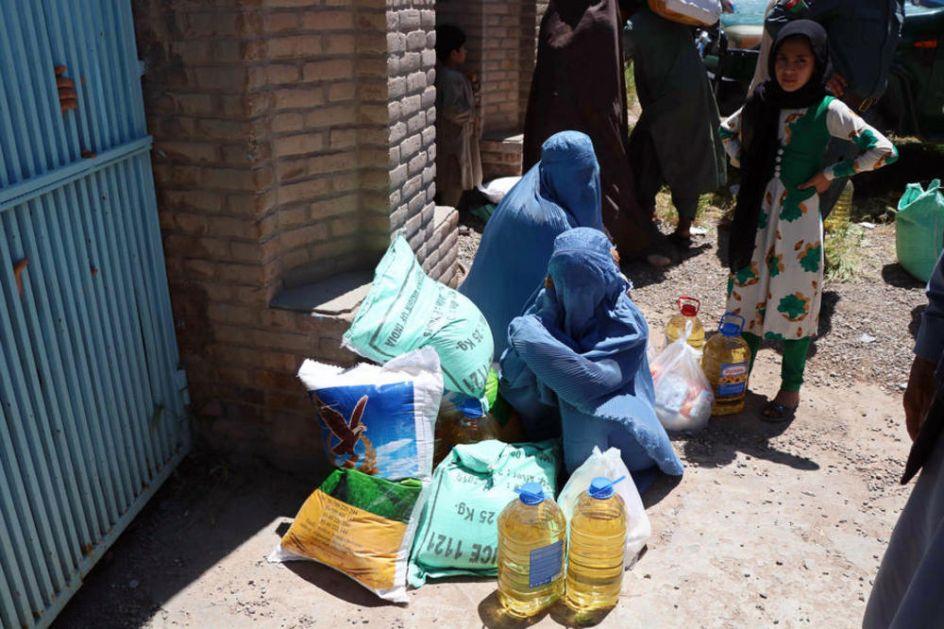 GLADOVALI ZBOG KORONE, POGINULI NA PROTESTU Sedmoro mrtvih na skupu protiv neravmomerne podele hrane u Avganistanu VIDEO