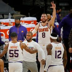 GLASALO JE 30 TRENERA: On je za njih NAJBOLJI u NBA (FOTO)