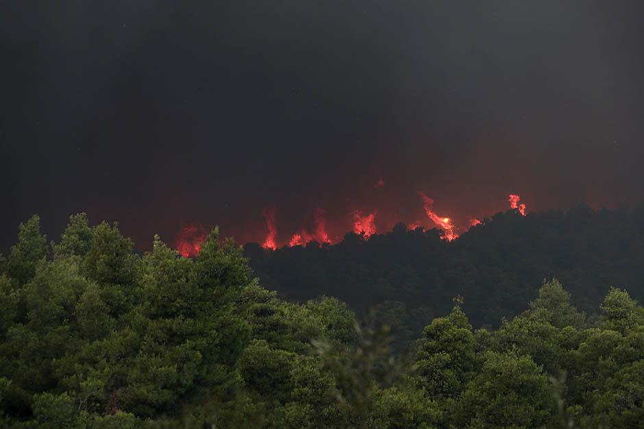 GORI EVIJA:Evakuisani manastir i dva sela (VIDEO,FOTO)