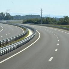 GOTOVI RADOVI DO KRAJA MESECA, Istočni krak Koridora 10 biće pušten za saobraćaj 9. novembra