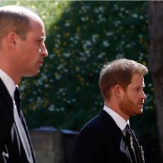 GOVOR TELA JE SVE POKAZAO: Da li su se prinčevi Hari i Vilijam pomirili na dedinoj sahrani? (FOTO/VIDEO)