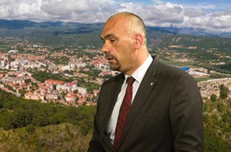 GRADONAČELNIK KNINA: Nastaviću da zovem prognane Srbe da se vrate, ovo je njihov grad! Sa mnogima od njih sam odrastao!