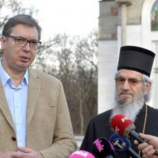 GRČEVITO SE BORIMO, VEOMA JE TEŠKO DOĆI DO VAKCINA Vučić: Nadam se dobrim vestima sledeće nedelje