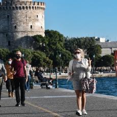 GRČKA JUTROS SRBIMA UKINULA JOŠ JEDNU MERU ZA ULAZAK: Da li su naši turisti danas navalili na vrata Elade?
