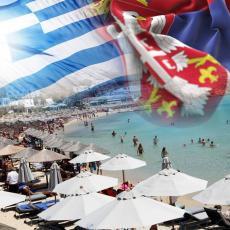 GRČKE PLAŽE NA IZVOLTE Turisti dobrodošli - ležaljke su besplatne, maske nisu obavezne, svi čekaju 1. jun