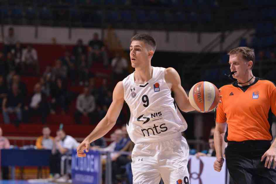 GROBARI, VANJA OSTAO: Marinković produžio ugovor sa Partizanom (VIDEO)