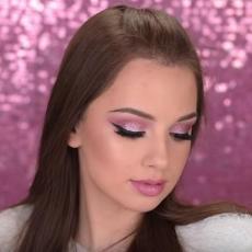 Glavni makeup trend za 2018. godinu: Nauči kako da nosiš savršeni Pink Eye! (TUTORIJAL)
