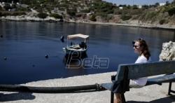 Glifada i druge atinske plaže teško zagadjene mazutom iz potonulog tankera