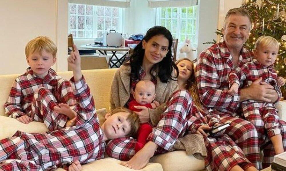 Glumac i njegova supruga šokirali fotografijom nove bebe šest meseci nakon rođenja prethodne