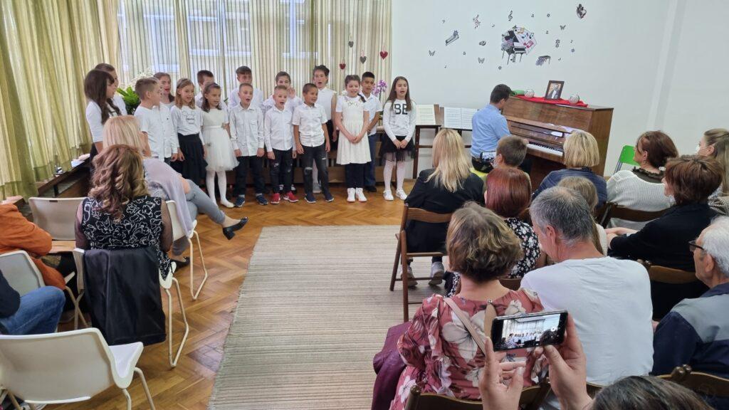 Godišnjim koncertom obilježili kraj školske godine