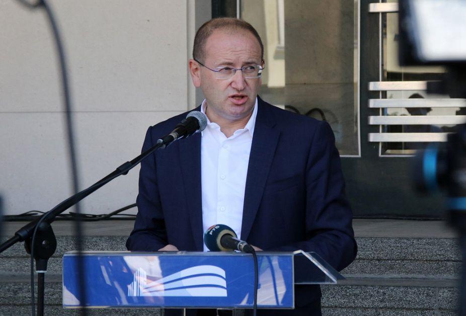 Gojković: Protesti, verovatno, doprineli rastu broja zaraženih; Bolnički sistem prenapregnut
