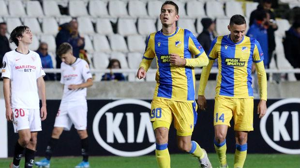 Gol Savića, asistencija Kostića, Arsenal iščupao bod