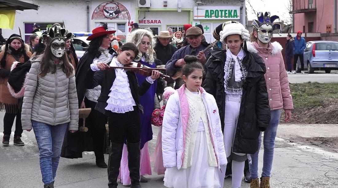 Golubinačke Mačkare u znaku karnevala