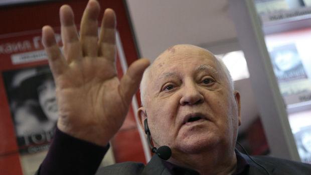 Gorbačov poziva na sprečavanje nove trke u naoružanju