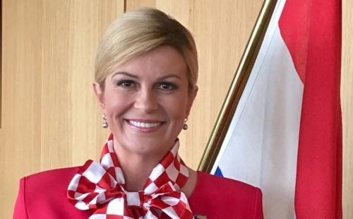 """Grabar-Kitarović zatražila hitno izjašnjavanje hrvatske Vlade o """"Aluminiju"""""""