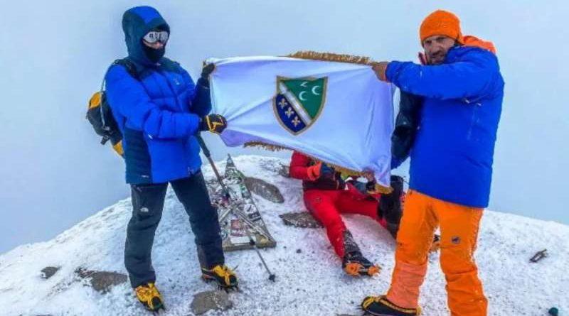 Graca na vrhu Elbrusa