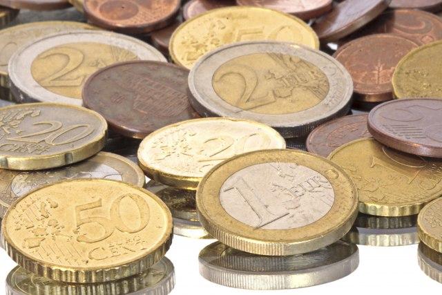 Građani Slovenije u proseku zarade 1.122 evra mesečno