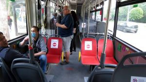 Građani Srbije na posao najčešće putuju sopstvenim automobilom