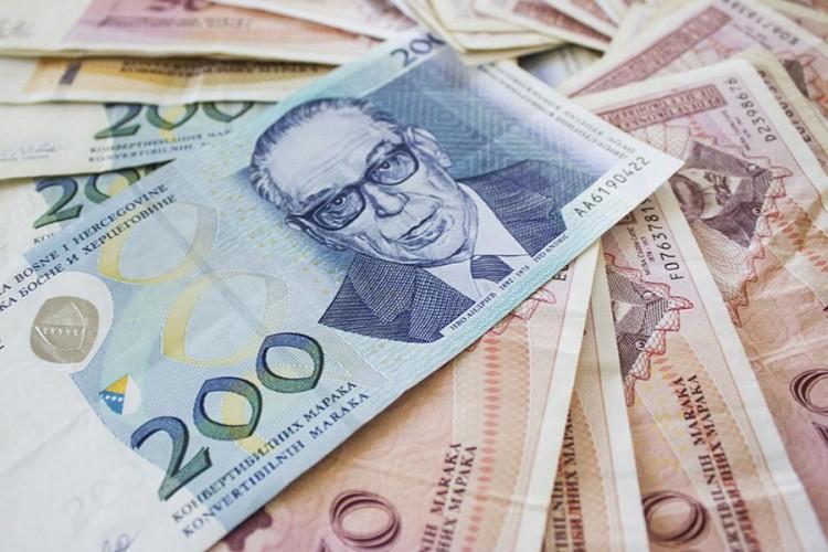 Građani Srpske u prošloj godini uštedjeli 156 miliona KM