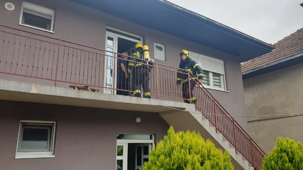 Građani u panici zbog misterioznih požara: Gore kuće u Prijepolju (VIDEO)