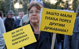 Protest i prikupljanje potpisa za smenu predsednika Srbije povodom 5. oktobra