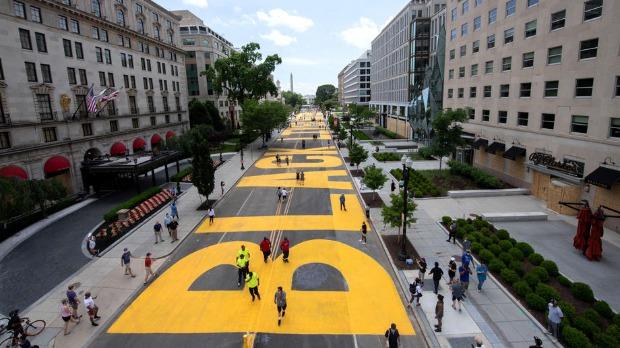 Gradonačelnica Vašingtona preimenovala ulicu ispred Bele kuće u Crni životi su bitni