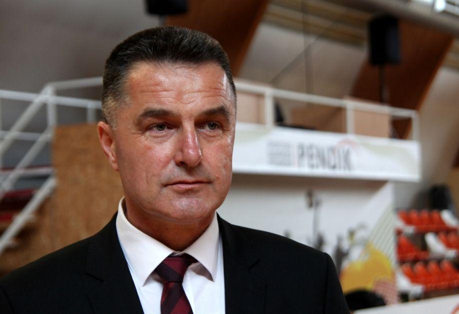 Gradonačelnik – Nećemo kupovati udžbenike za Bošnjake, ne razdvajamo djecu po nacionalniosti