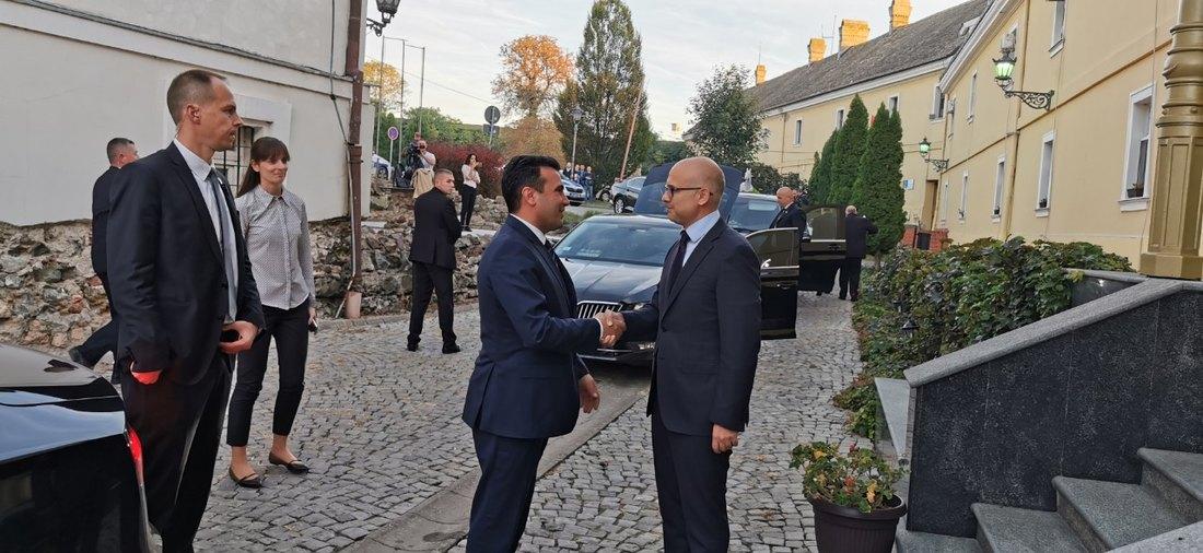 Vučić i Brnabić priredili večeru za Zaeva i Ramu