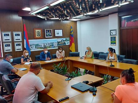 Gradonačelnik podržao radnike Geoxa: Jedno od rešenja i PREKVALIFIKACIJA