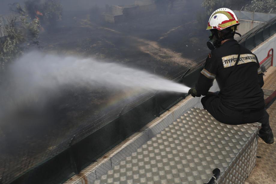 Grčka: Zbog požara evakuisana četiri sela, Peloponez u plamenu