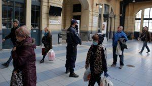 Grčka povećava novčane kazne za kršenja mera, moguće otvaranje nekih radnji