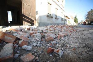 Grčka procenjuje štetu posle zemljotresa, desetine ljudi noć provele napolju