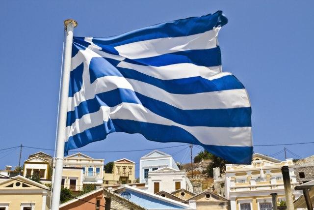 Grčka želi da rastereti svoja ostrva od migranata, u toku prebacivanje ljudi