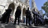Grupa mladih Turaka upala u crkvu u Beču uz povike Alahu akbar