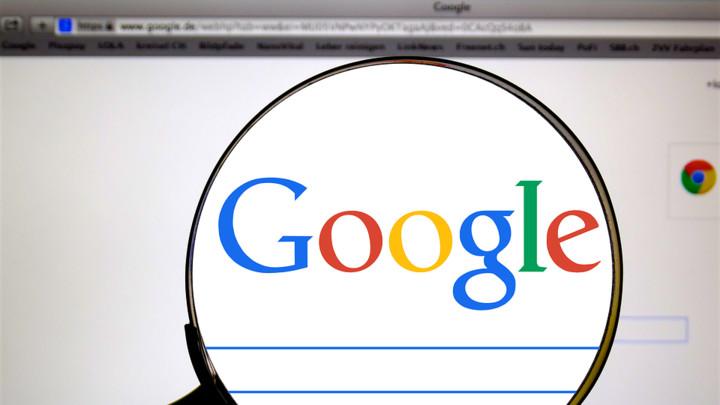 Gugl pod istragom EU zbog alatke za traženje posla (FOTO)