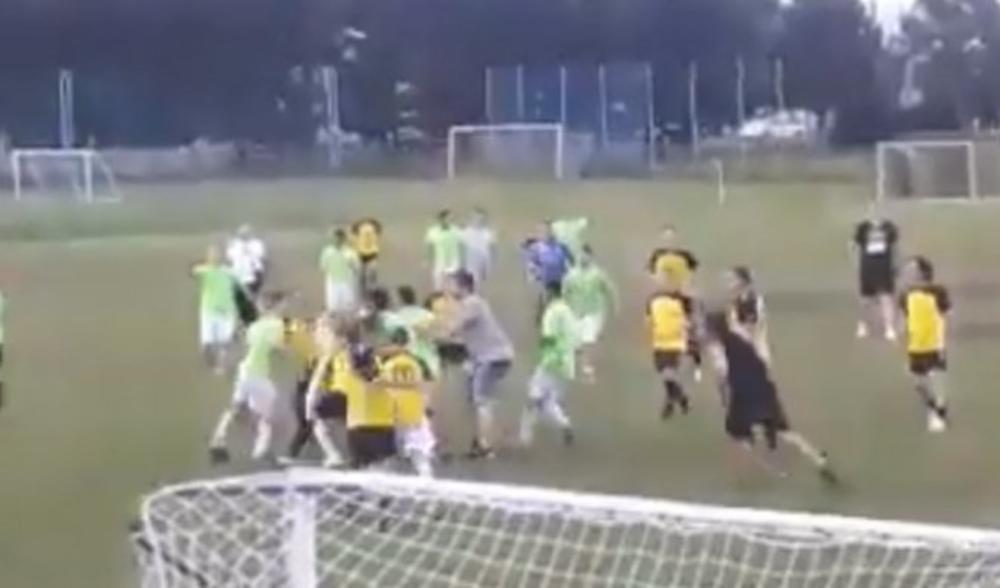 HAOS U HRVATSKOJ! Opšta tuča na revijalnoj utakmici veterana u Zagrebu! (VIDEO)