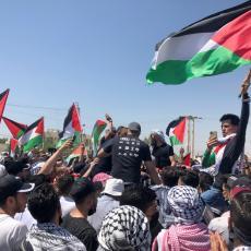 HAOS U JORDANU: Palestinski demonstranti ušli u sukob sa policijom (FOTO) (VIDEO)