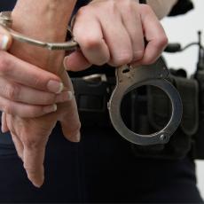 HAPŠENJE U BEOGRADU: Policija otkrila laboratoriju za proizvodnju marihuane!