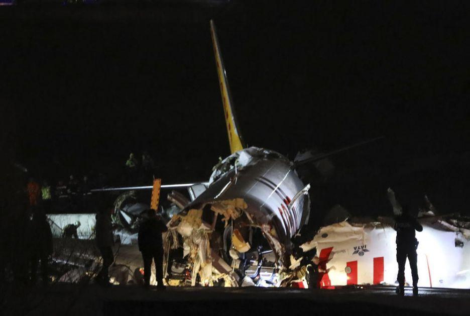 HAPŠENJE U TURSKOJ: Priveden kapetan aviona koji se raspao na tri dela!